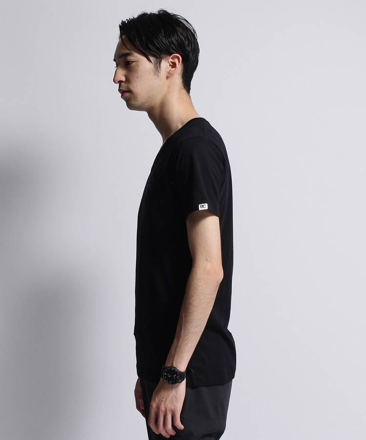 ベースコントロール(BASE CONTROL)のinner light v neck pocket tee3