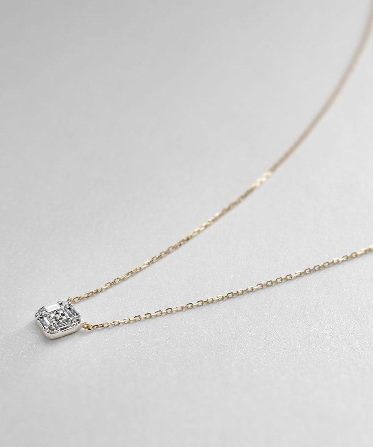 COCOSHNIK(ココシュニック) K18YG×WGダイヤモンド クッションシェイプ ネックレス