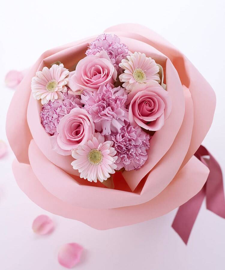 日比谷花壇(ヒビヤカダン) バラの形の花束ペタロ・ローザ「フェミニンピンク」