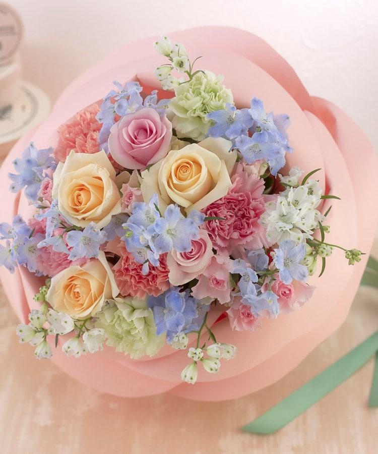 日比谷花壇(ヒビヤカダン) バラの形の花束ペタロ・ローザ「フェミニンミックス」