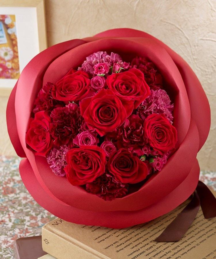 日比谷花壇(ヒビヤカダン) バラの形の花束ペタロ・ローザ「シャイニングレッド」