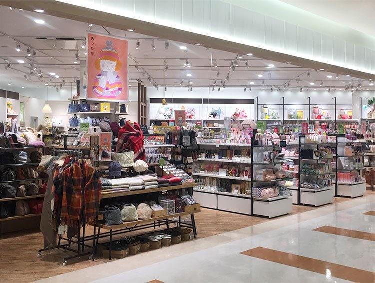 ファボーレ 富山 店